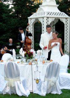 Veranda wedding couple with band